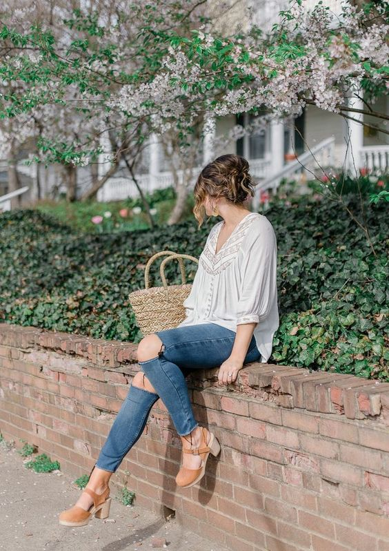 How To Style The Clog Trend For Fall Fashion 2021