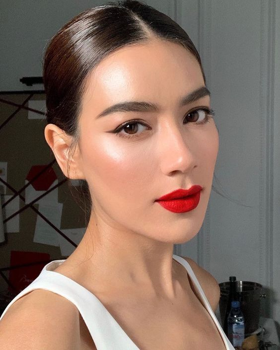 The Best Red Lipstick That'll Make Your Fall Look Always On-Point