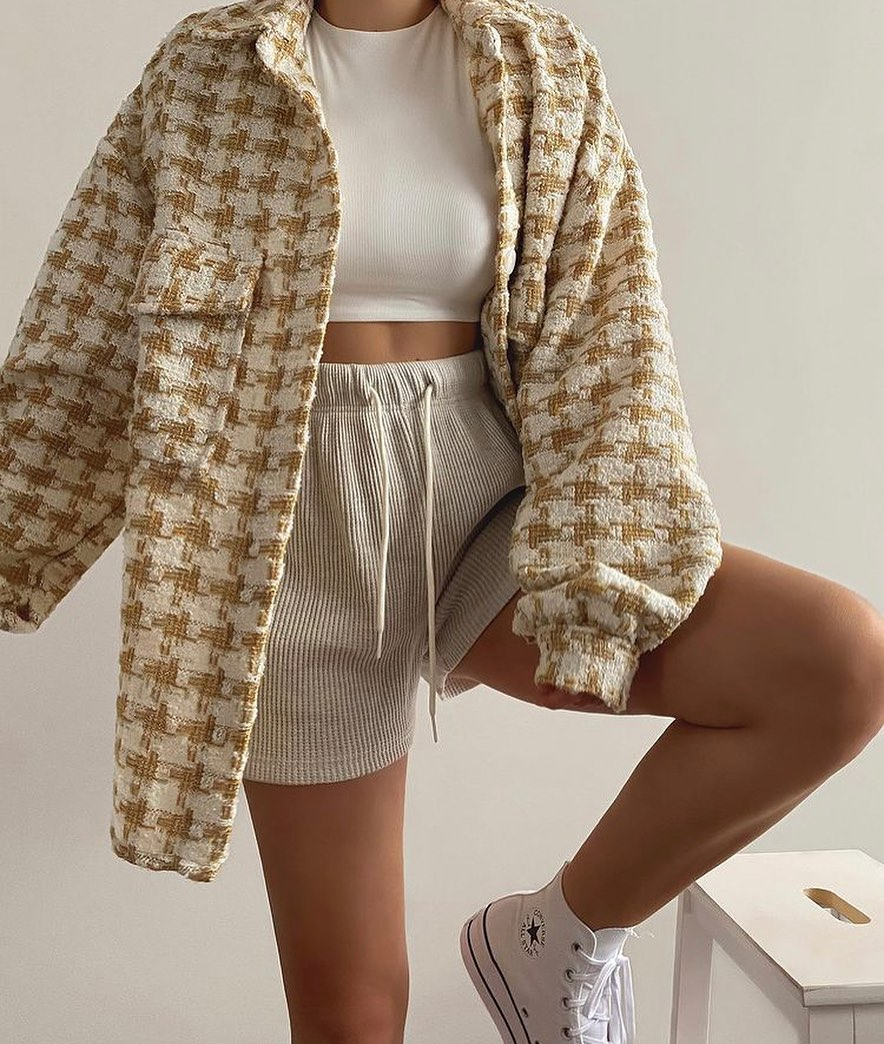 Basic Guide To Style Houndstooth Trend This Fall