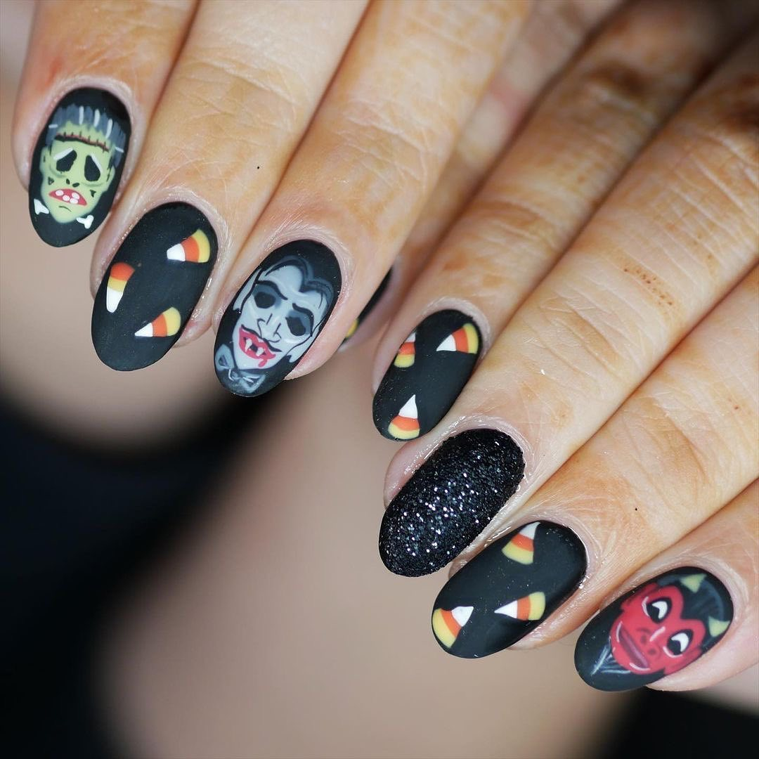 Popular Halloween Nail Design Ideas You'll Obsess And Should Try This Year
